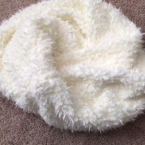 NWOT sole society fuzzy infinity scarf